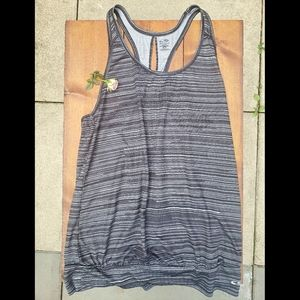 🌞 3 items for $38, CHAMPION - Tank top